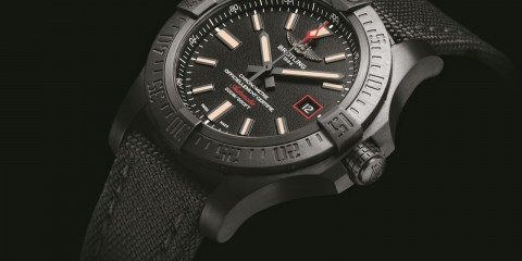 Breitling Avenger Blackbird 44 watch replica